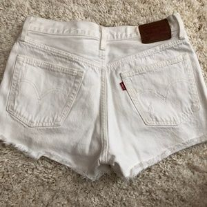 Levi's 501 Button Fly White Shorts 28